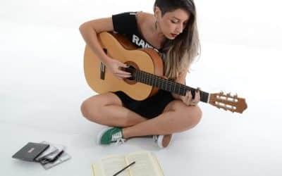 Comment apprendre la guitare seul efficacement ?