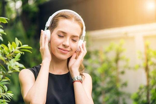 Chantonnez tout ce que vous entendez !