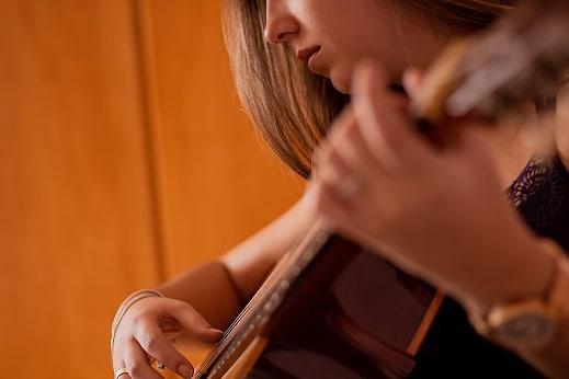 Exemples de transitions courantes à la guitare